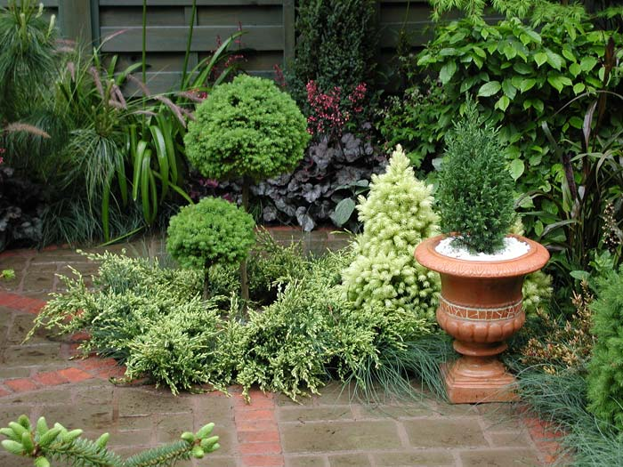 Green gardening lux magazine for Inspirational small garden ideas